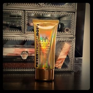 Peter Thomas Roth Luxery Lift & Firm Primer